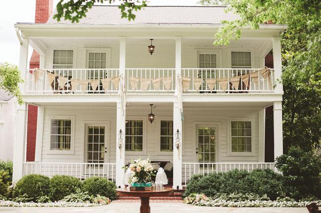 southern plantation house