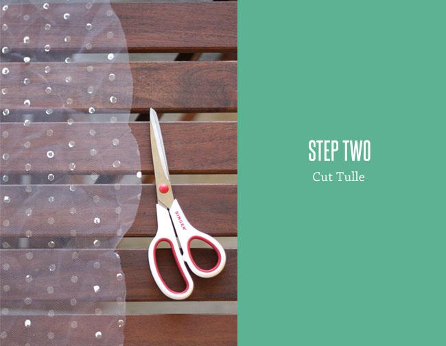 DIY-polka-dot-veil-step2