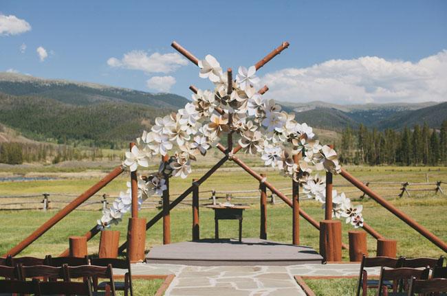 paper flower ceremony
