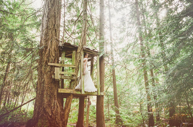 bride in treehouse
