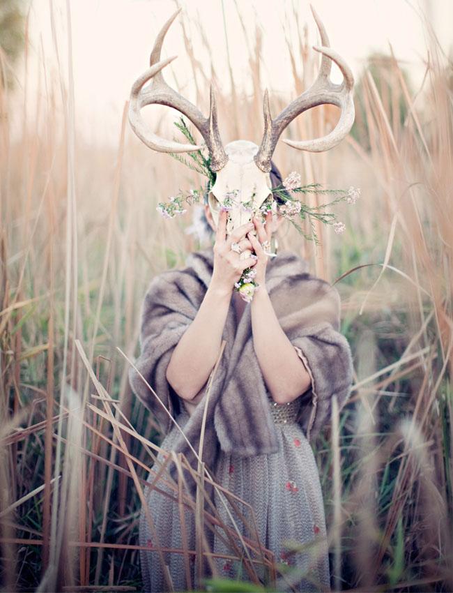 bride holding antlers