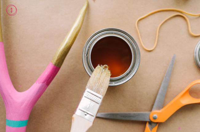 DIY confetti slingshot step 3