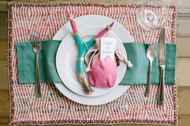 DIY confetti slingshot table setting