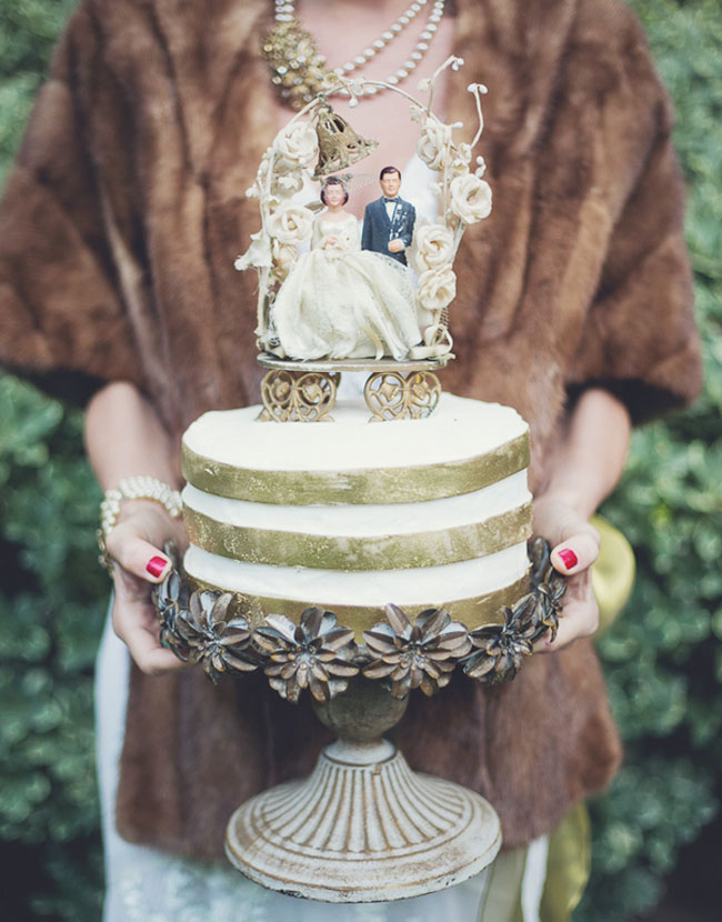 gold stripe cake