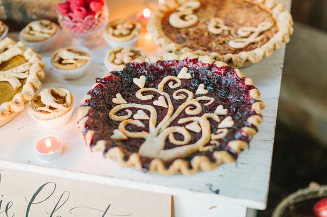 tree designed pie
