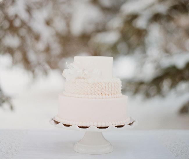 white xmas cake