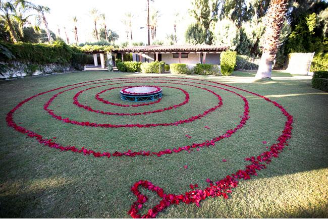 circle flower ceremony