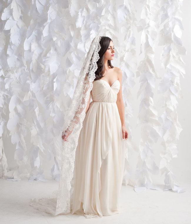 long lace veil