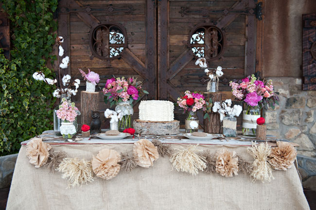 rustic valentines table