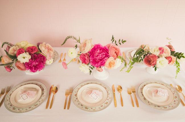 vintage valentines table
