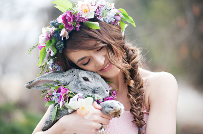 http://greenweddingshoes.com/wp-content/uploads/2013/03/easter-styled-01.jpg