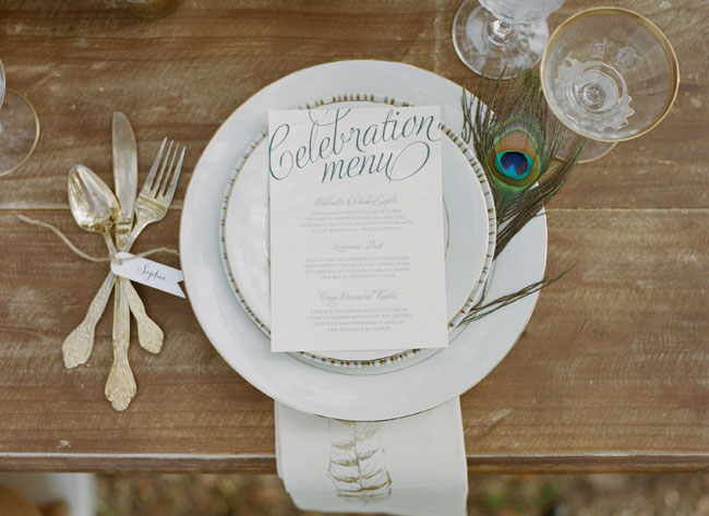 peacock place setting