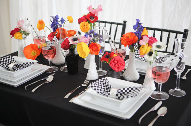checkered place setting