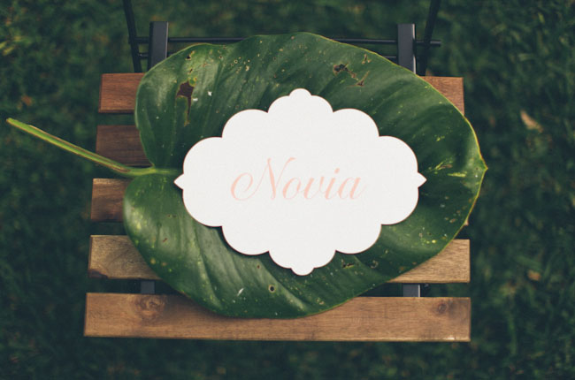 leaf place setting