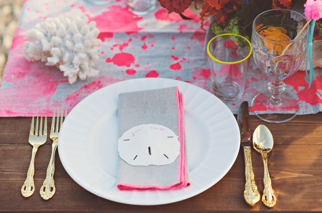 sand dollar place setting
