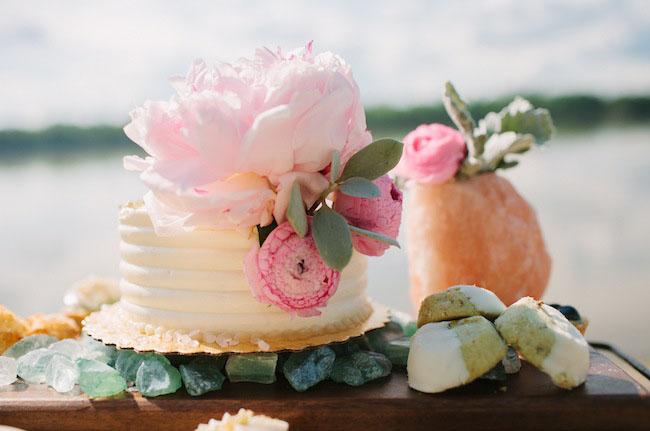 simple peony cake