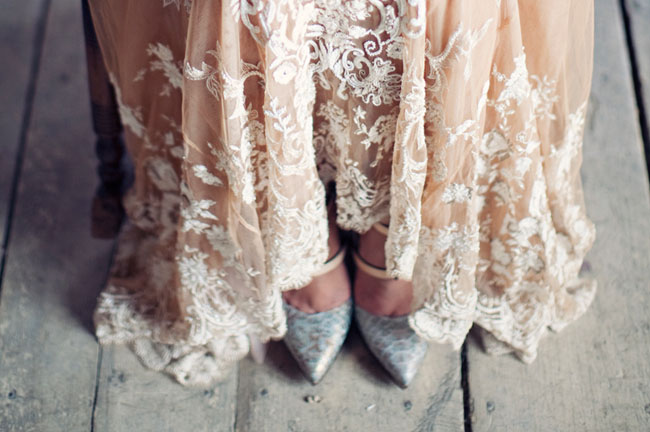 lace design gown