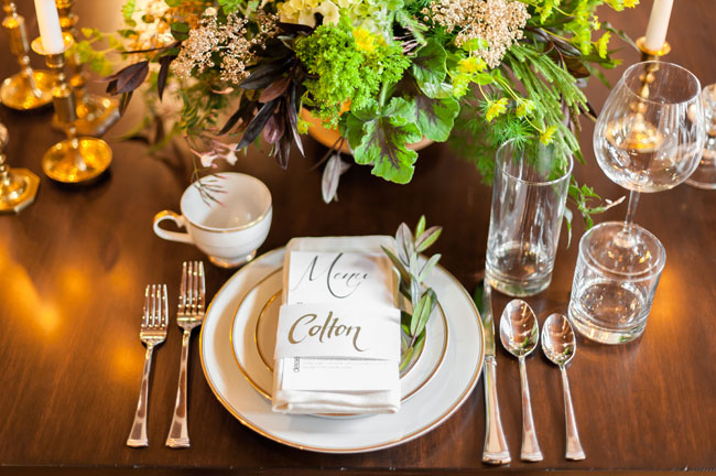 modern rustic place setting