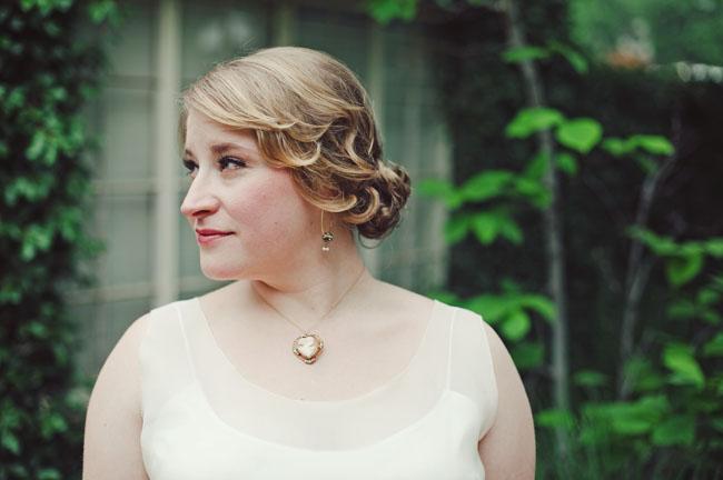 cameo bridal necklace