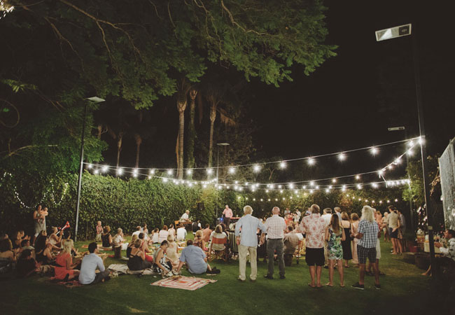 backyard picnic reception