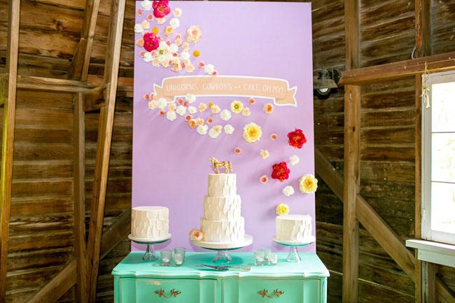 flower dessert wall