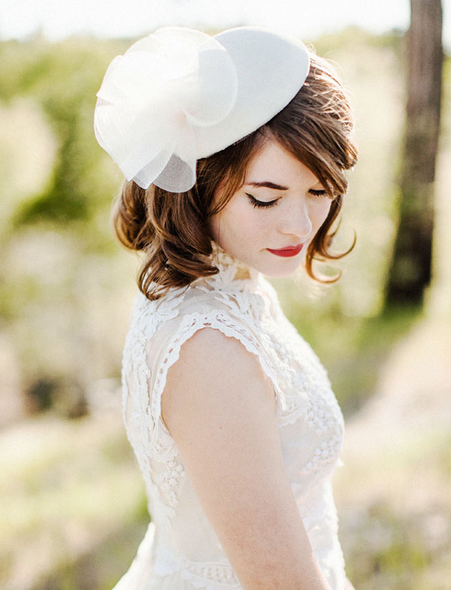 bride_with_hat
