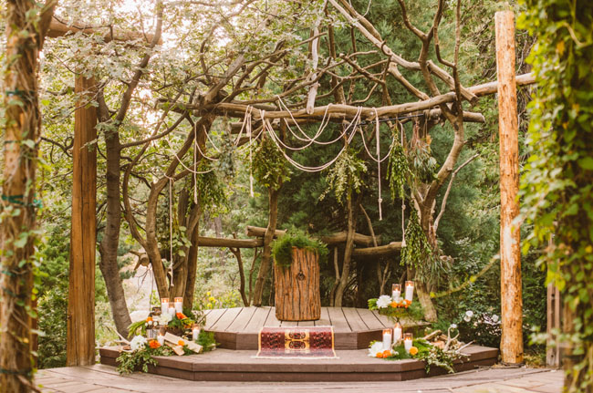 moonrise kingdom ceremony decor