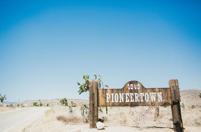 pioneer town wedding