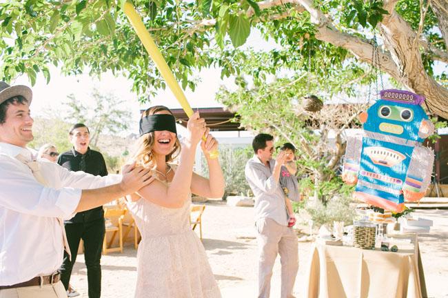 pinata wedding