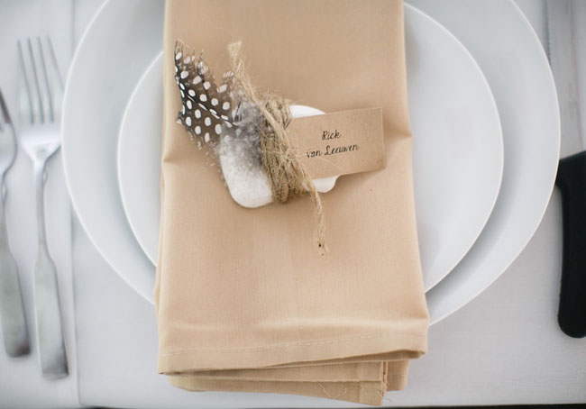 feather seating cards