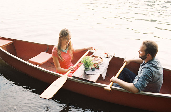 picnic on a canoe