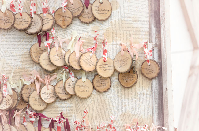 wood slice seating card