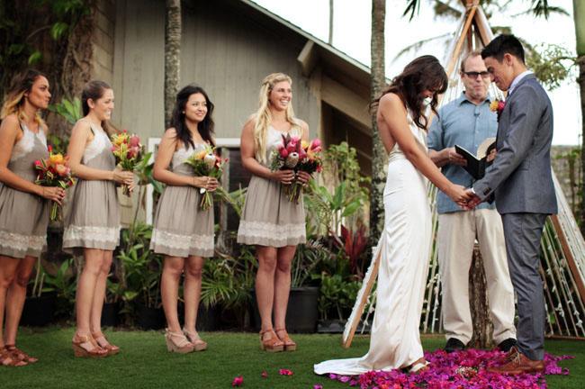 Hawaiian Dresses Wedding 48 Fabulous hawaii ceremony