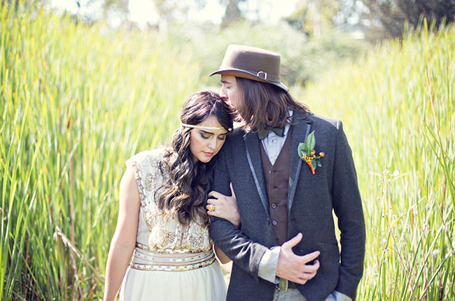 Modern victorian wedding inspiration green wedding shoes todays fun styled shoot feels perfectly fall with a fresh modern take on victorian and a pretty color palette of burnt orange red and gold junglespirit Choice Image