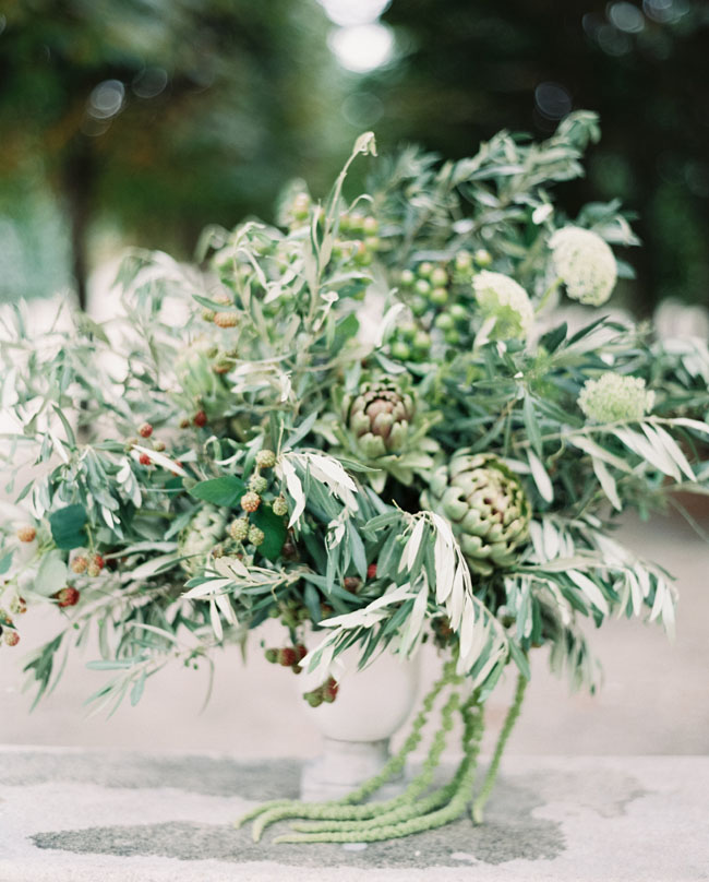 oak leaf arrangement