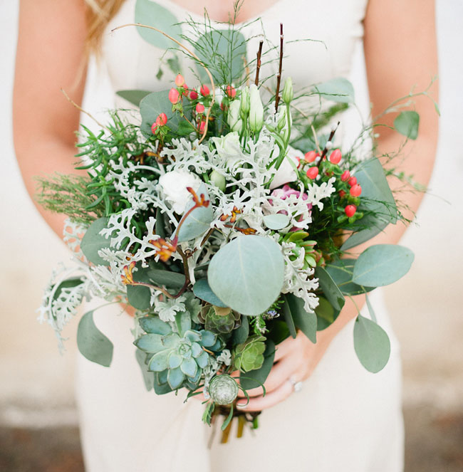 Types Of Wedding Bouquets: Modern Rooftop Wedding: Olivia + Nic