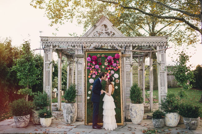 flower wall ceremony