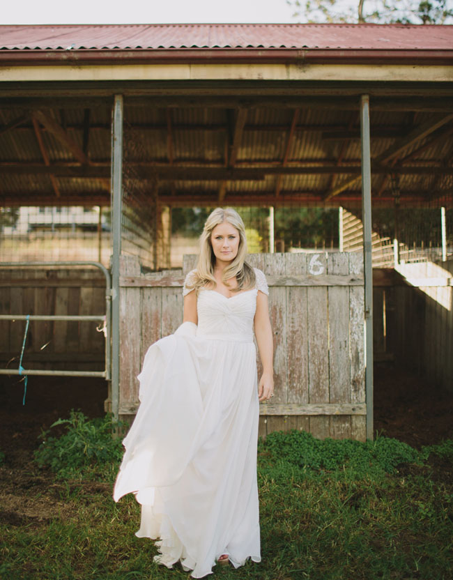 rustic barn bride
