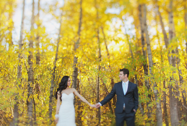 aspen fall bride and groom