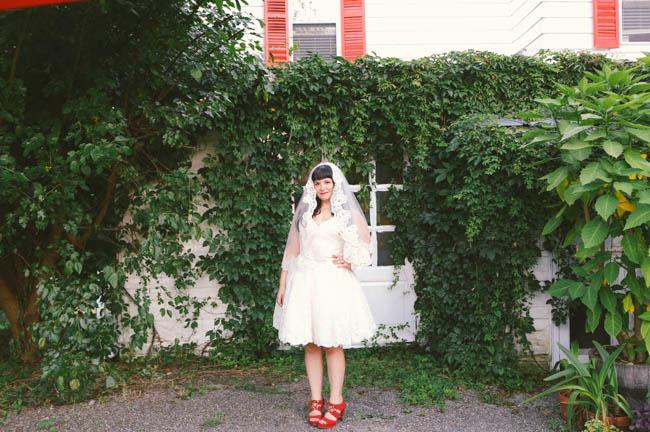 bride in red heels