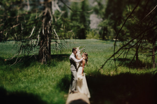 yosemite bride and groom