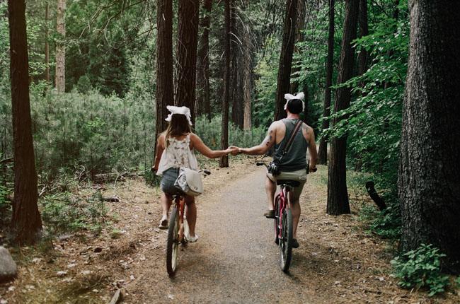 bride and groom biking