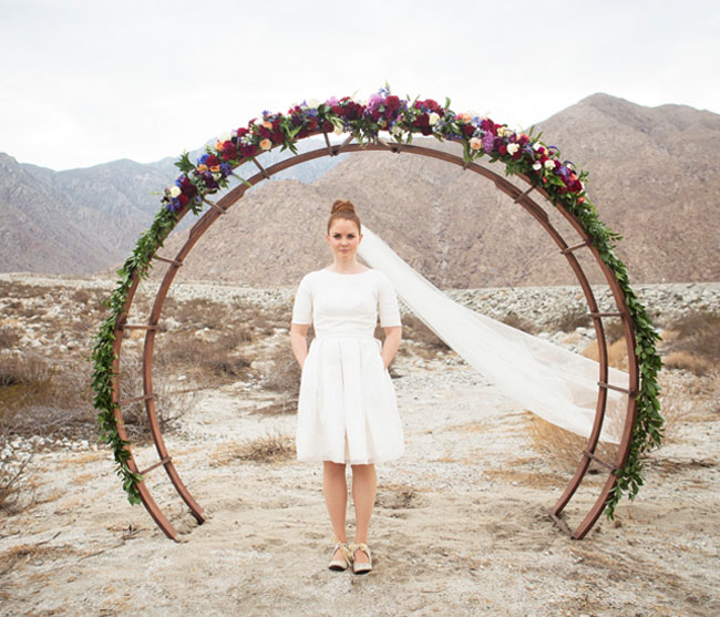 Circle Arbor: Mid-Century Modern Wedding Inspiration From Palm Springs