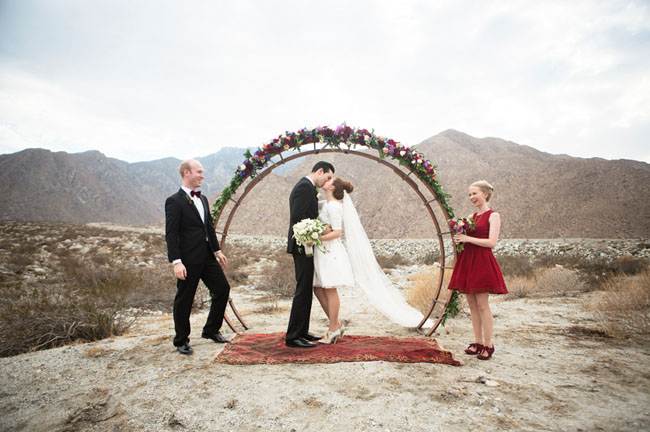 Sophisticated Contemporary Wedding Ceremony In: Mid-Century Modern Wedding Inspiration From Palm Springs