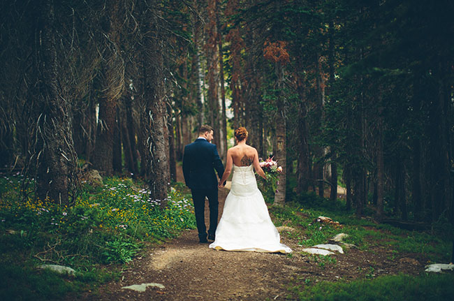 snowy wyoming wedding
