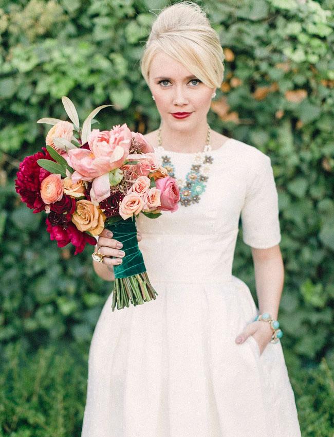 retro mod bride