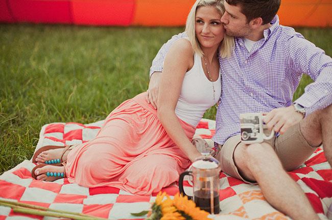 hot air balloon picnic