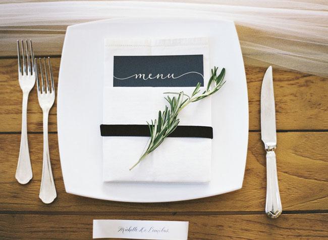 tuscan plate setting