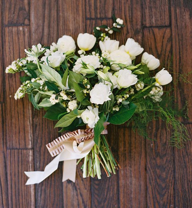 white organic bouquet