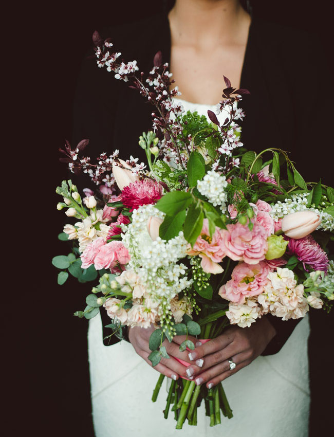 loose bouquet of pinks